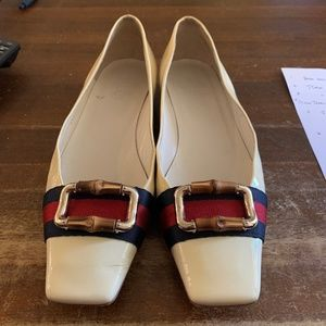 Vintage Gucci Flats - bamboo buckle - size 8.5